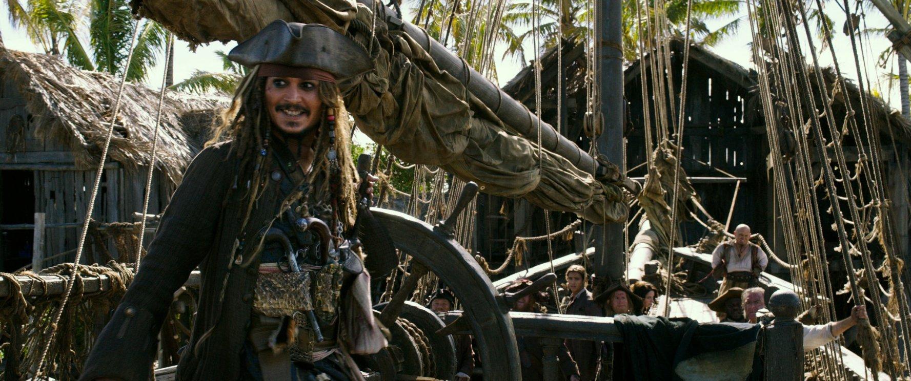 Piraci z Karaibów: Zemsta Salazara - napisy